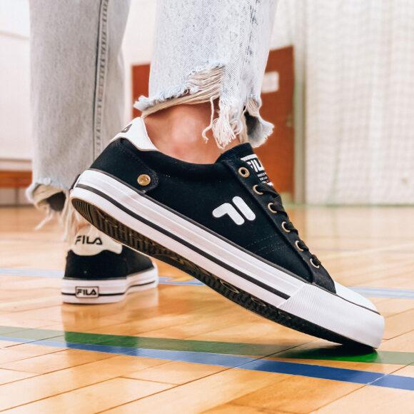 Tenisówki od Fila, czy sneakersy od marki Reebok?